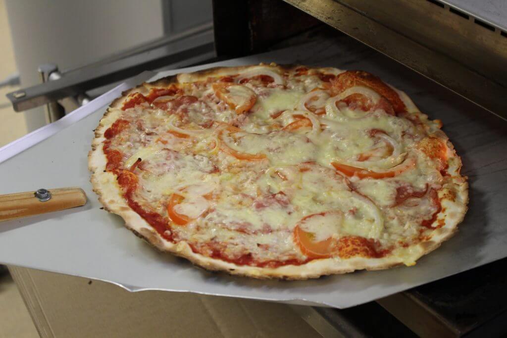 Pizza, Puulanaitta, Pitoaitta, Hirvensalmi, Mikkeli